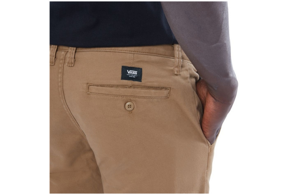 Pantalón Vans MN AUTHENTIC CHINO para hombre en color camel-b