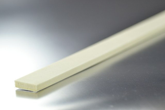 Férula 50 cm. x 3 cm. de Aluminio y Latex