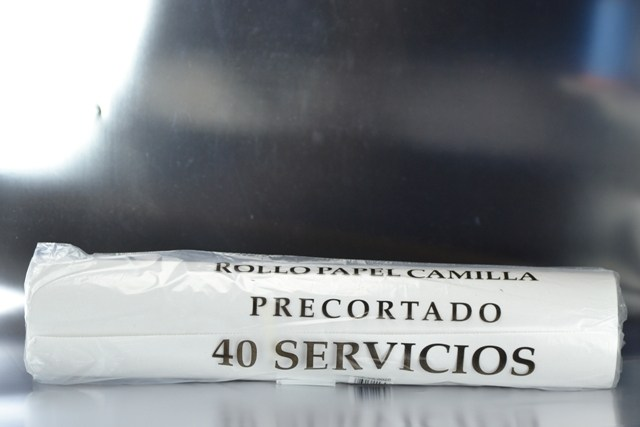 Rollo papel camilla 1 capa 80 m. x 60 cm. de ancho (Precorte 2 m.)