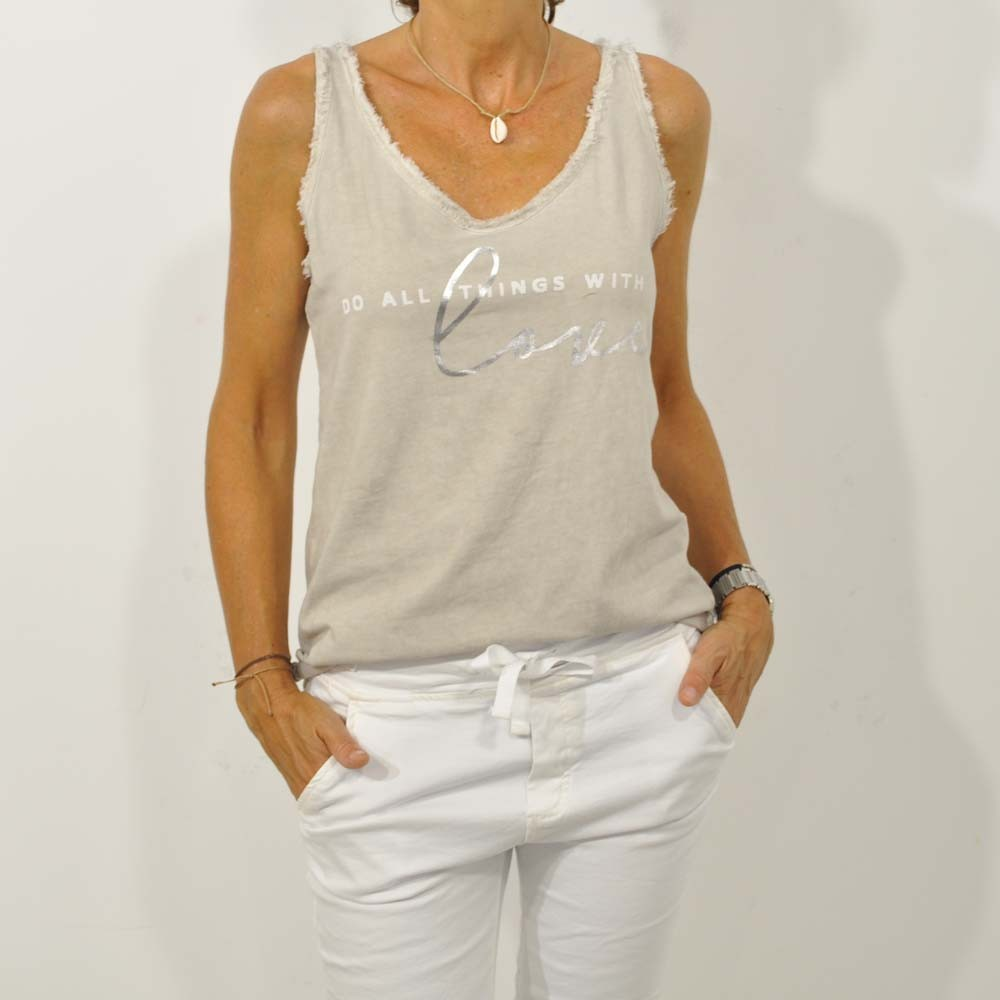 Camiseta love beige