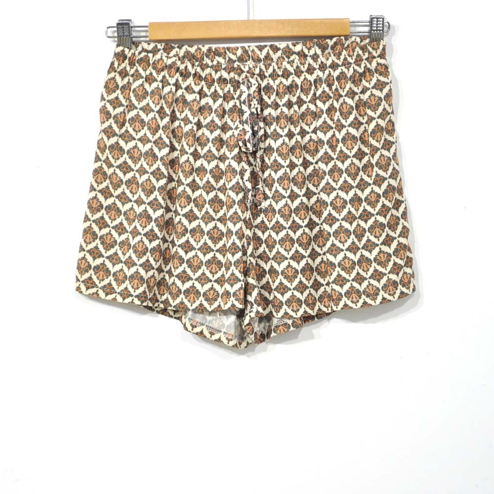 Short estampado gris