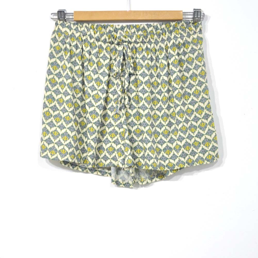 Short estampado verde