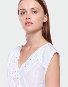 Cotton top with lace
