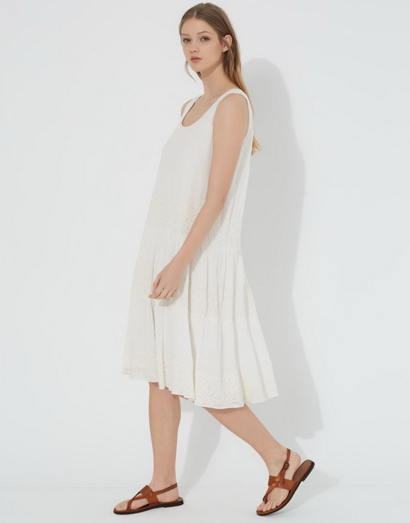 Midi cotton dress with embroidery detail