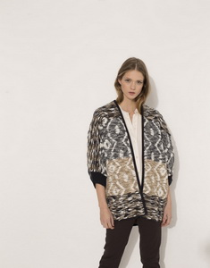 Jacquard knit jacket with relief