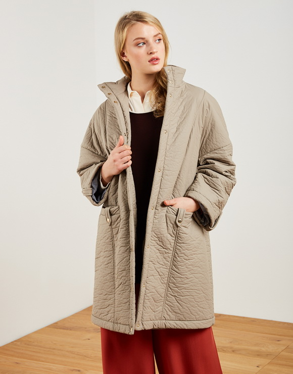 Parka with quilted fabric