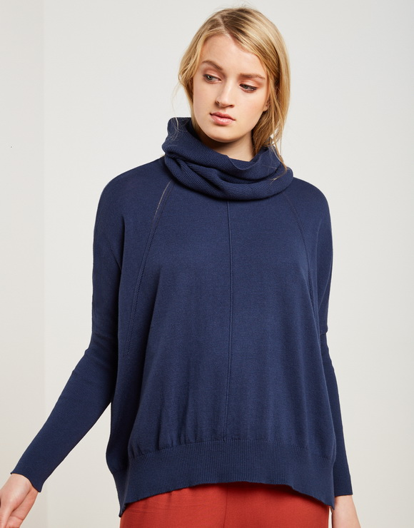 Two-Pieced sweater