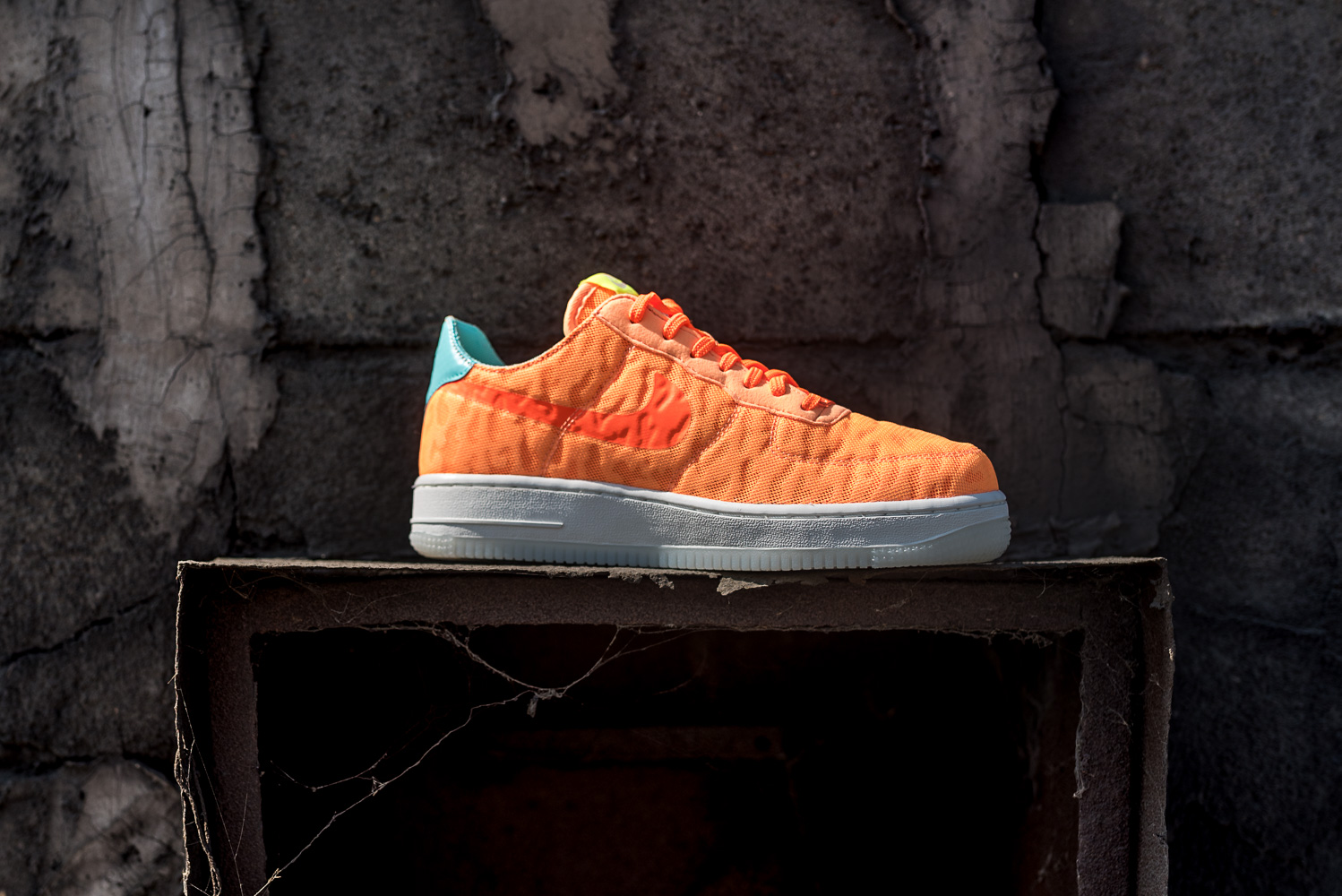 NIKE WOMEN'S AIR FORCE 1 '07 TEXTILE PREMIUM
