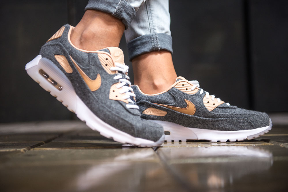 NIKE W AIR MAX 90 ULTRA PRM