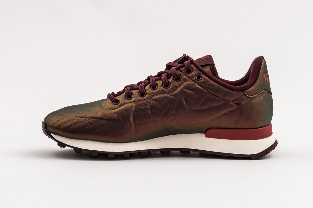 NIKE W INTERNATIONALIST JCRD WINTER