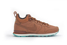NIKE W INTERNATIONALIST MID LTHR
