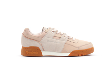 sneakers reebok workout lo plus golden bd4606