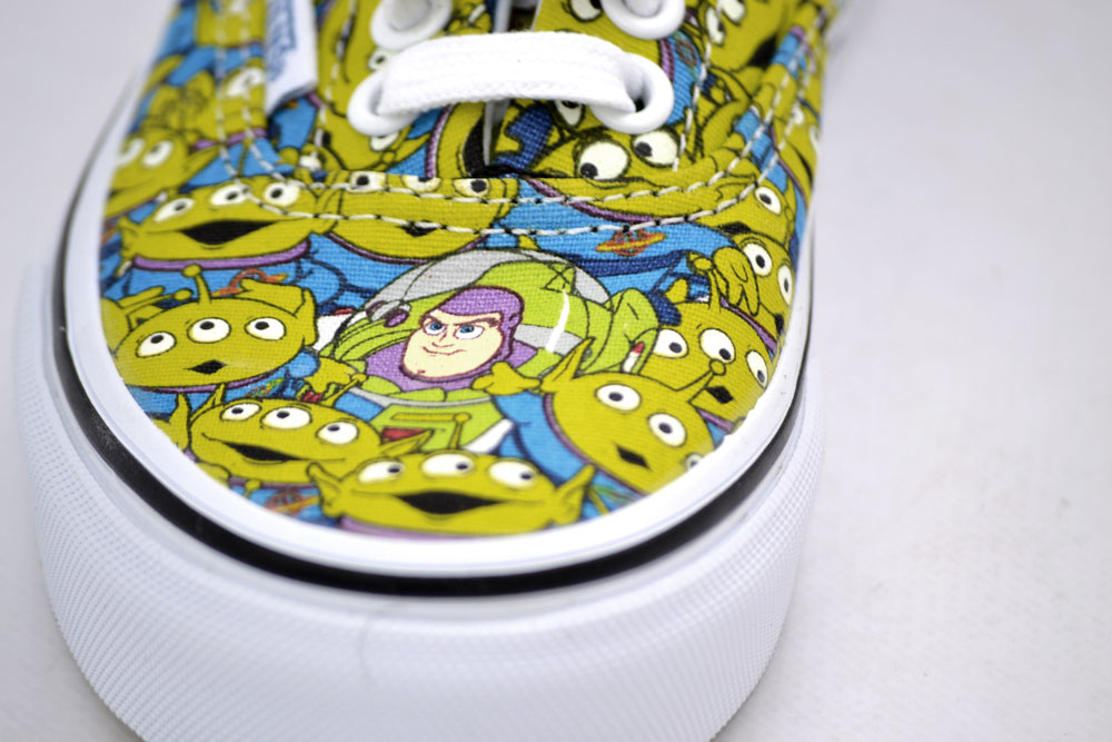 VANS AUTHENTIC V LACE TOY STORY