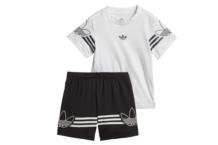 Conjunto Adidas outline tee set dv2833 Brutalzapas