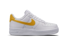 Sneakers Nike Wmns Air Force 1 07 315115 150 Brutalzapas