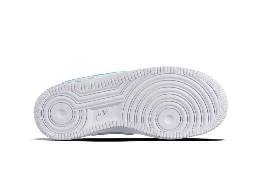e93d587fbe5b0 Sneakers Nike air force 1 3 gs av6252 102 - Nike