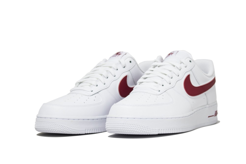 on sale 566b8 d9090 NIKE AIR FORCE 1 07 3