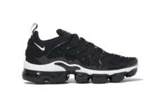 Sneakers Nike Air vapormax plus 924453 011 Brutalzapas