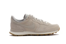 Baskets Nike W INTERNATIONALIST SE 872922 004 Brutalzapas