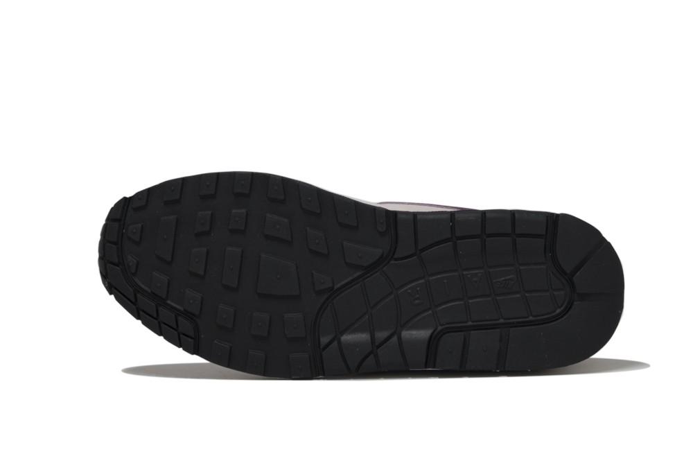2cc99aa3ebfc7e Sneakers Nike wmns air max 1 454746 604 Brutalzapas. Previous. NIKE WMNS  AIR MAX 1 PRM