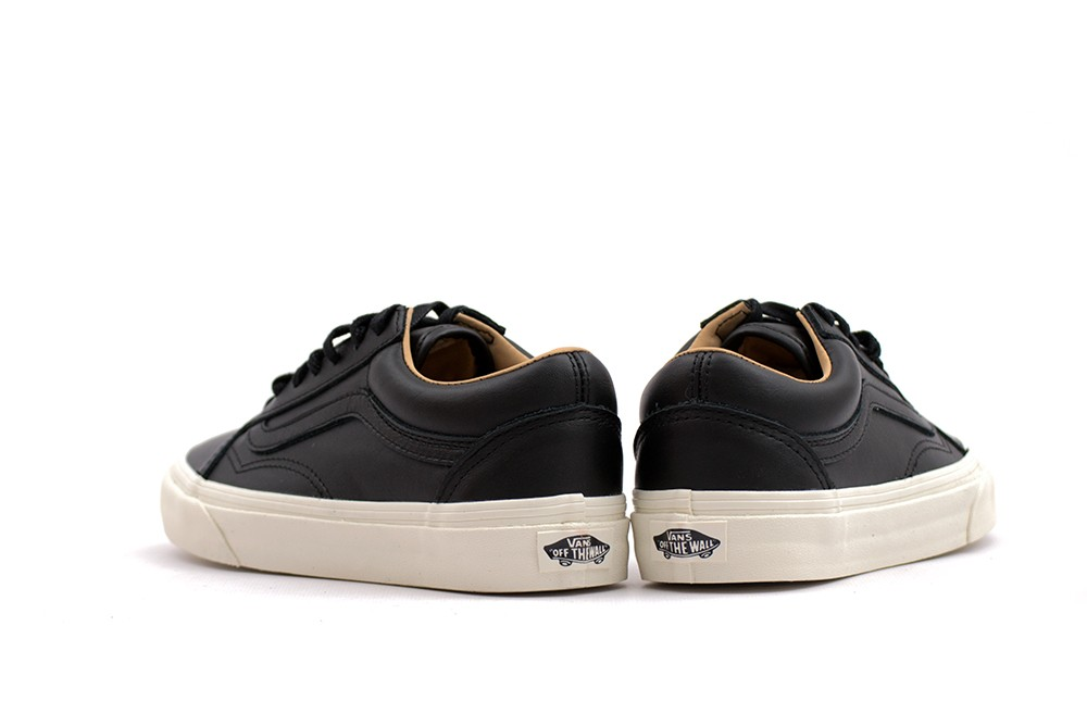 061c5cf829 VANS OLD SKOOL LUX LEATHER. AddThis Sharing Buttons