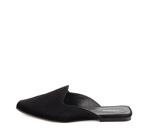 Ref. 3307 Zapato tipo babucha serraje negro.