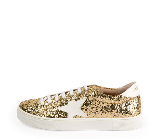 Ref. 3316 Sneaker glitter dorado con detalle estrella blanca y parte trasera blanco. Altura plataforma 3 cm.