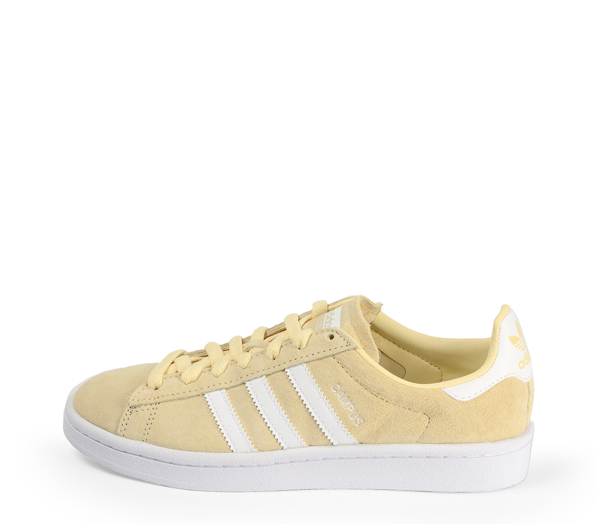 Ref: 3781 Adidas Campus serraje amarillo pastel con detalles en color blanco. Suela blanca. Cordones al tono.