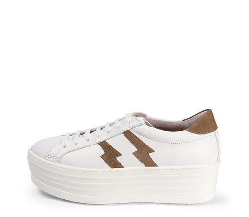 Ref. 3785 Sneaker de piel en blanco con dos rayos en serraje visón en el exterior y en el interior. Cordones al tono. Plataforma de 5.5 cm.
