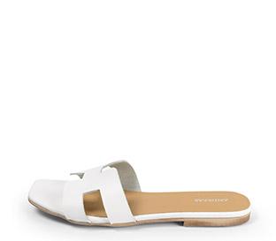 Ref: 3803 Sandalia plana piel blanca con pala en forma de H. Puntera cuadrada.