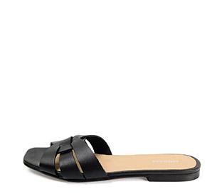 Ref. 3870 Sandalia piel negra con nudo en la pala. Puntera cuadrada.
