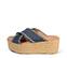 Ref. 3925 Sandalia tela azul con pala cruzada y detalle desflecado. Plataforma trasera 6.5 cm y plataforma delantera 5 cm. Plantilla de piel. - Ítem3