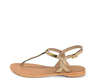 Ref. 3988 Sandalia piel oro con tira en el empeine y hebilla lateral dorada. Plantilla de piel.