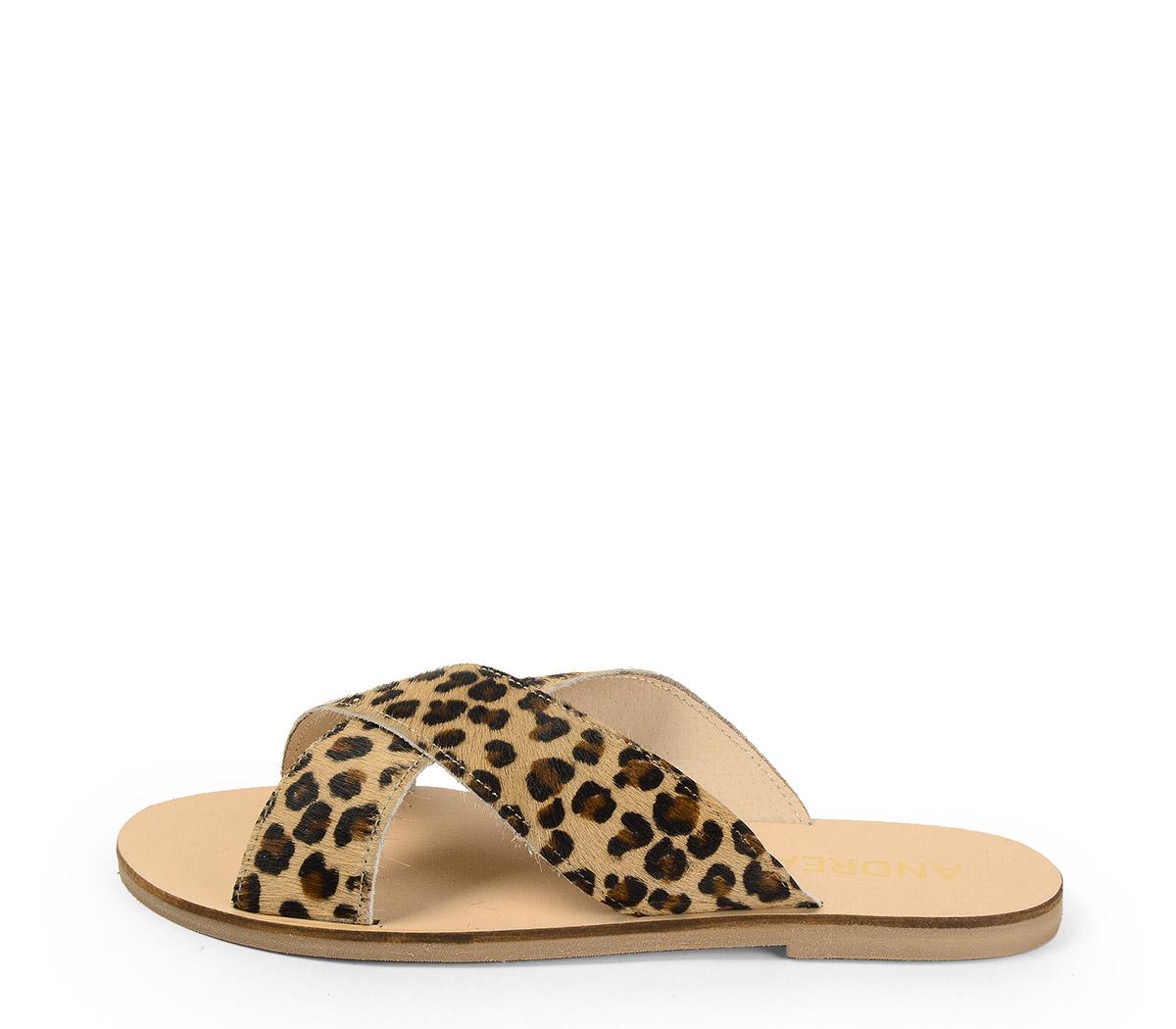 Ref. 3994 Sandalia potro leopardo con pala cruzada. Plantilla de piel.