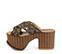 Ref. 3995 Sandalia tela y lentejuelas en tonos marrón y negro. Pala cruzada. Altura tacón 9.5 cm y plataforma delantera de 7.5 cm. Detalle tachas en el contorno de la suela delantera. - Ítem3
