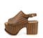 Ref. 4002 Sandalia marrón trenzada con pala y tira al tobillo. Hebilla dorada. Altura tacón 9.5 cm y plataforma delantera 7.5 cm. Plantilla de piel. Detalle tachas en el contorno de la suela delantera - Ítem3