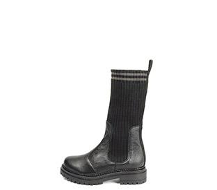 Ref. 4161 Bota piel negra con caña tipo calcetín en negro. Suela dentada. Tacón de 4 cm y plataforma delantera de 2.5 cm. - Ítem1