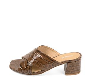 Ref. 4241 Sandalia piel con estampado coco marrón. Pala cruzada. Altura tacón 6 cm y sin plataforma delantera.