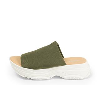 Ref. 4340 Sandalia con pala licra kaki y suela tipo sneaker.