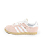 Ref. 4366 Adidas Gazelle W serraje rosa con simbolo lateral en blanco. Suela color caramelo. Cordones blancos con puntera metalizada. - Ítem3