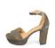 Ref. 4516 Sandalia tornasolada con pala y pulsera al tobillo con hebilla dorada. Altura tacón 10 cm y plataforma delantera de 3 cm. - Ítem3