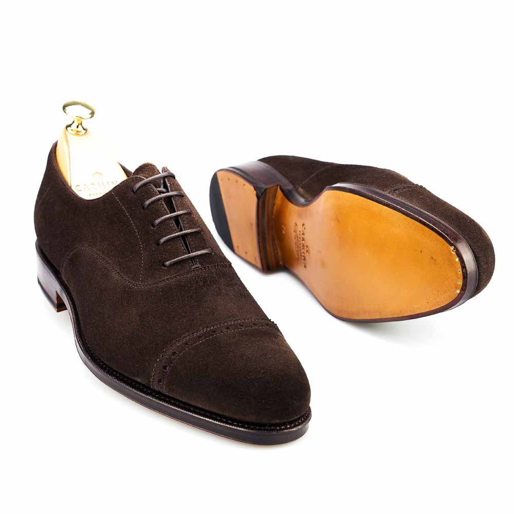 Zapato oxford puntera recta en ante marrón