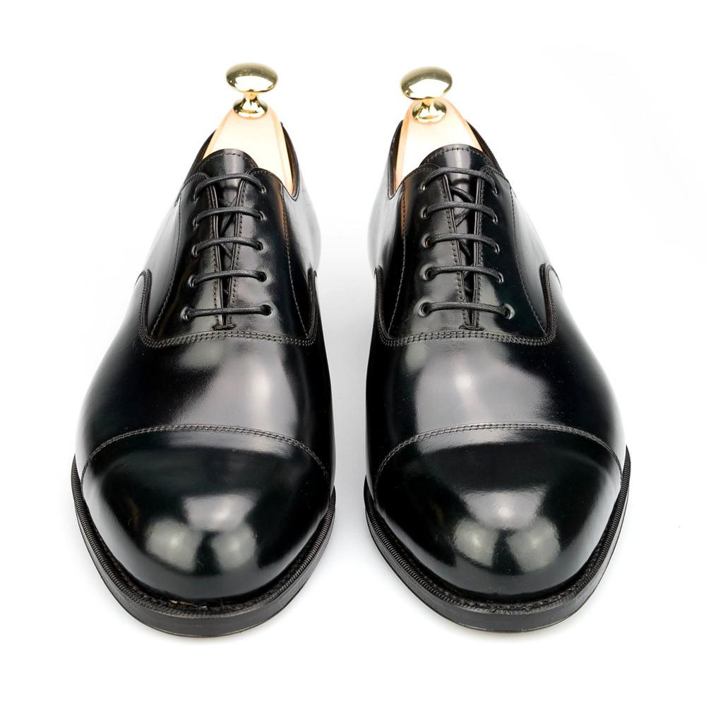 zapato inglés en cordovan negro CARMINA