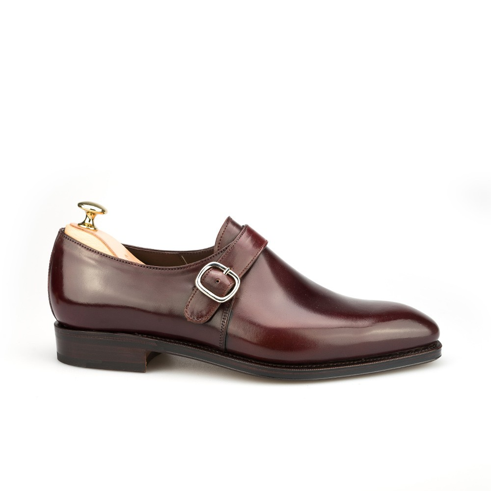 plain toe shoes in cordovan burgundy