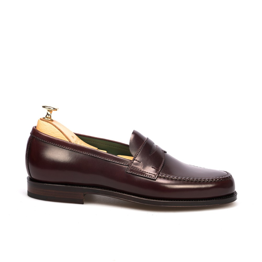 Men's penny loafers in cordovan burgundy