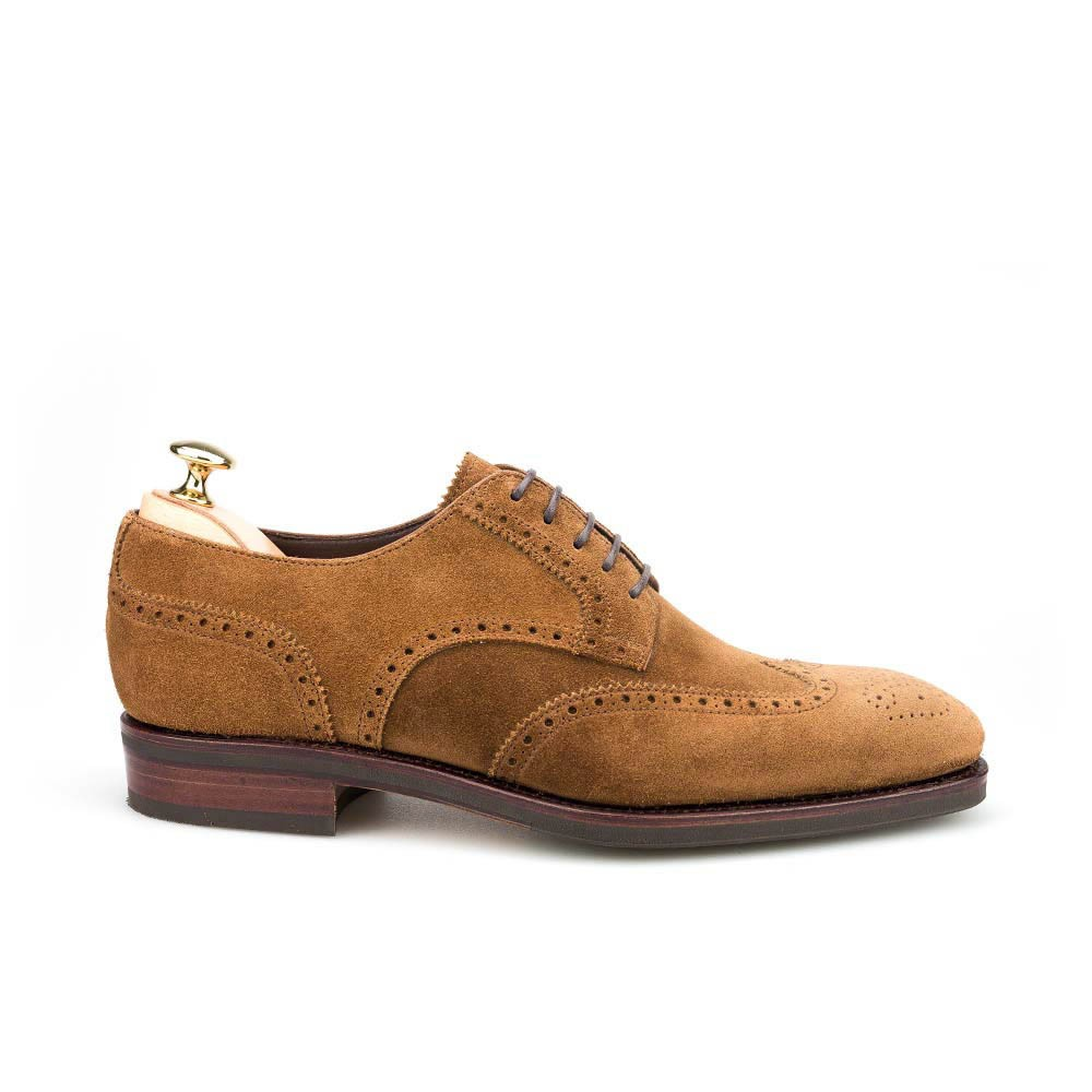 WINGTIP SHOES IN SNUFF SUEDE CARMINA 80254