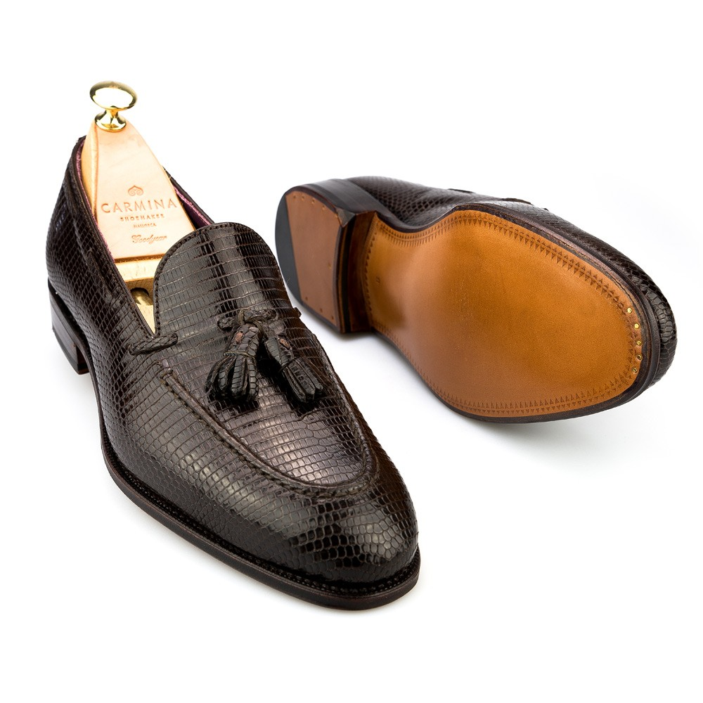 tassel loafers in brown lizard, sole view