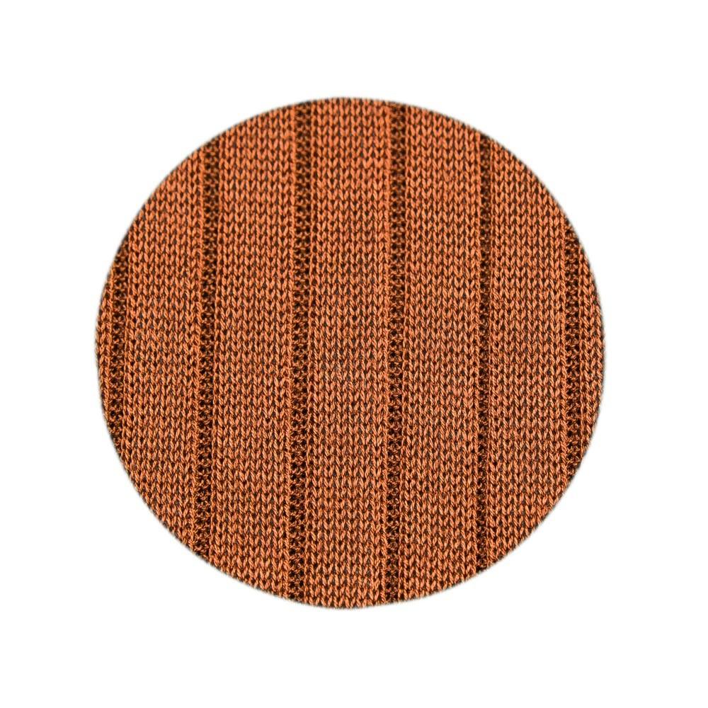 Calcetines largos en marrón